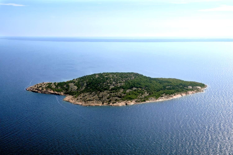 Blå Jungfrun nationalpark i Kalmarsund.