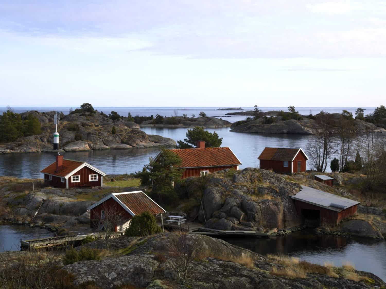 Västerviks skärgård och röda stugor