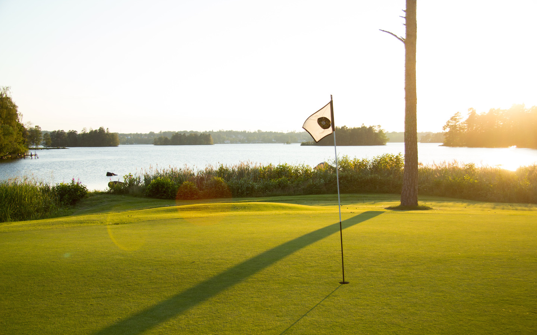 golfbana vid helgasjön, växjö