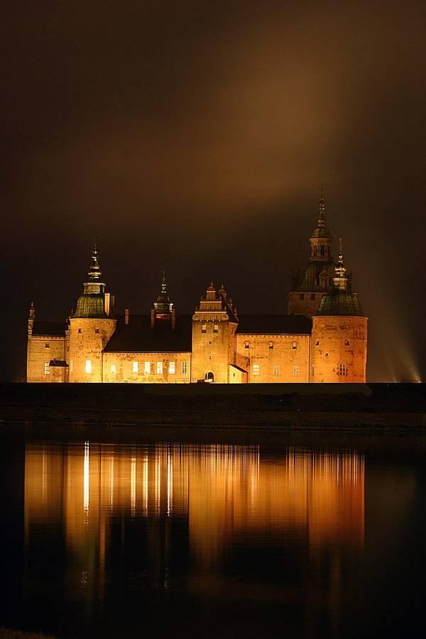 Schloss Kalmar bei Nacht