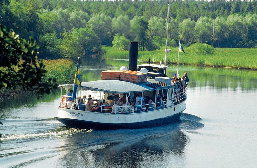 Historisches Dampfschiff Boxholm II auf dem Sommen in Småland