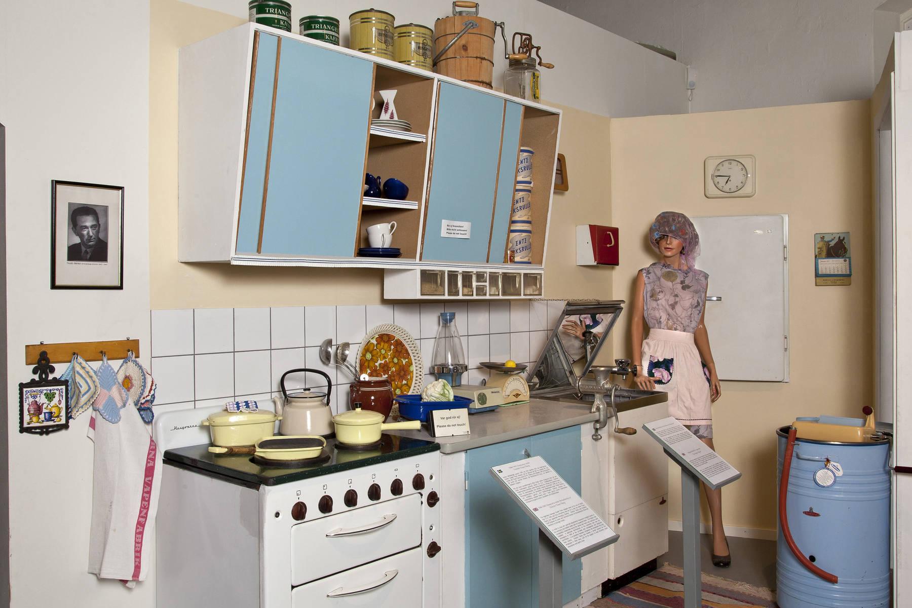 Fünfzigerjahre Küche im Husqvarna Museum in Småland