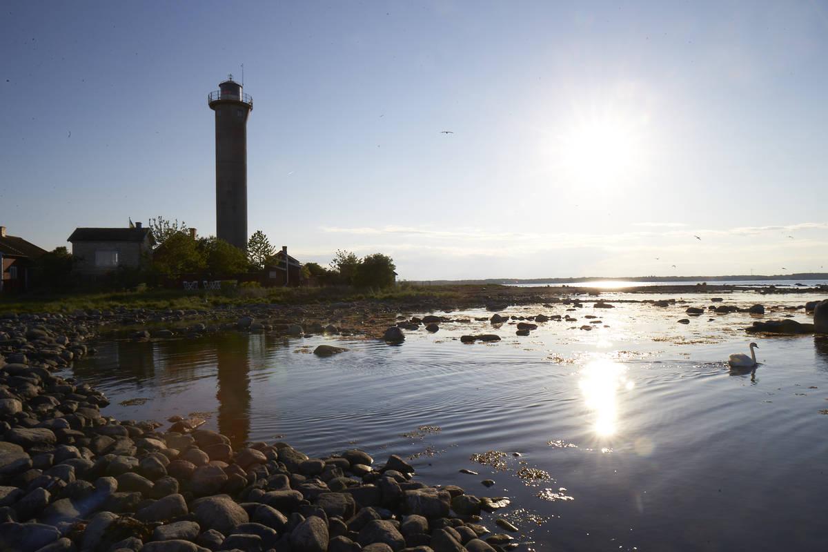 Mitten im Kalmarsund: der Leuchtturm »Garpen fyr«