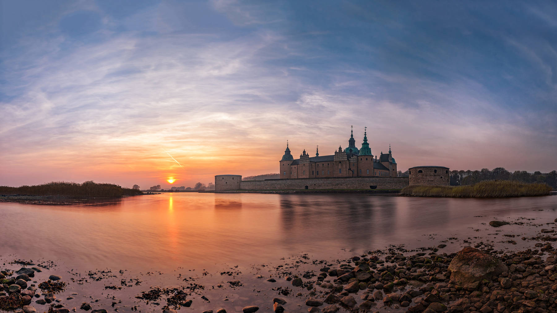 Solnedgång över Kalmar Slott