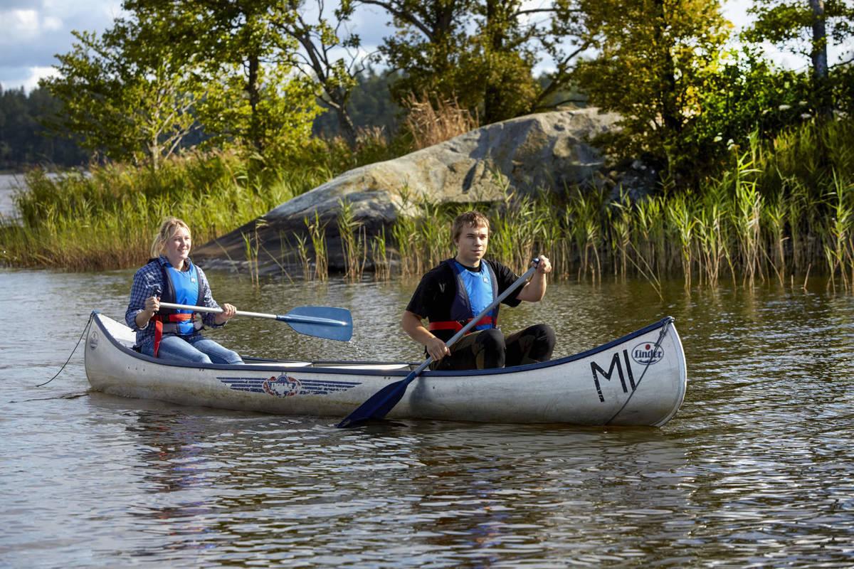 Canoeing in Åsnen