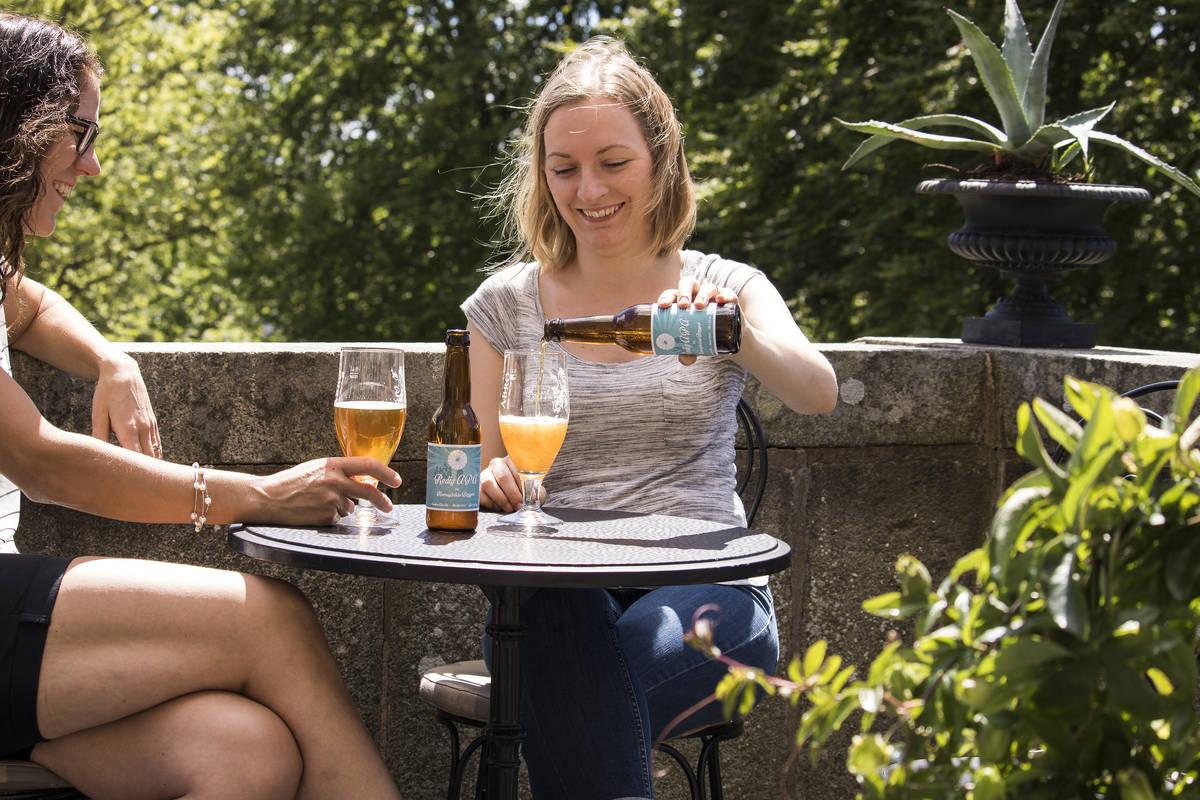 Enjoy the summer beer Kvarnagårdens Redig APA at Teleborgs Slott
