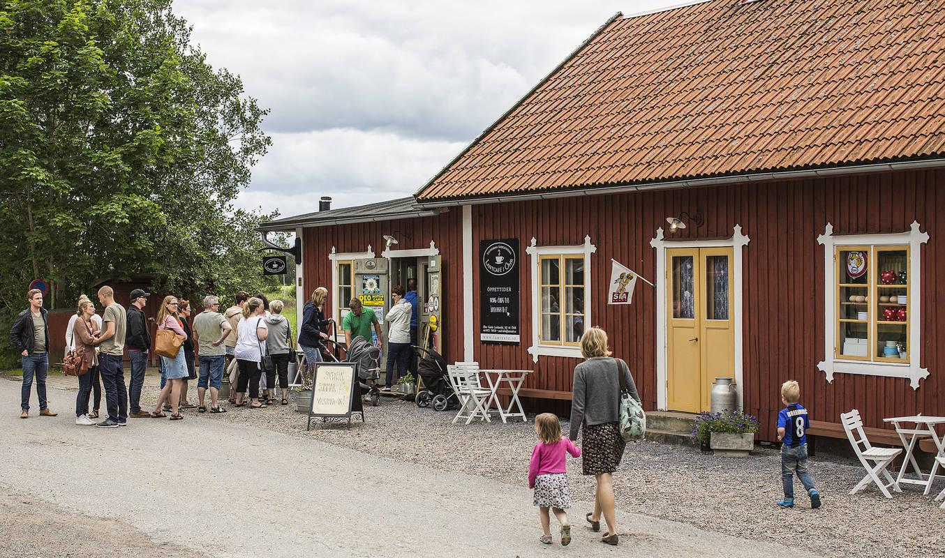 Systrarna Skogströms Lantcafé