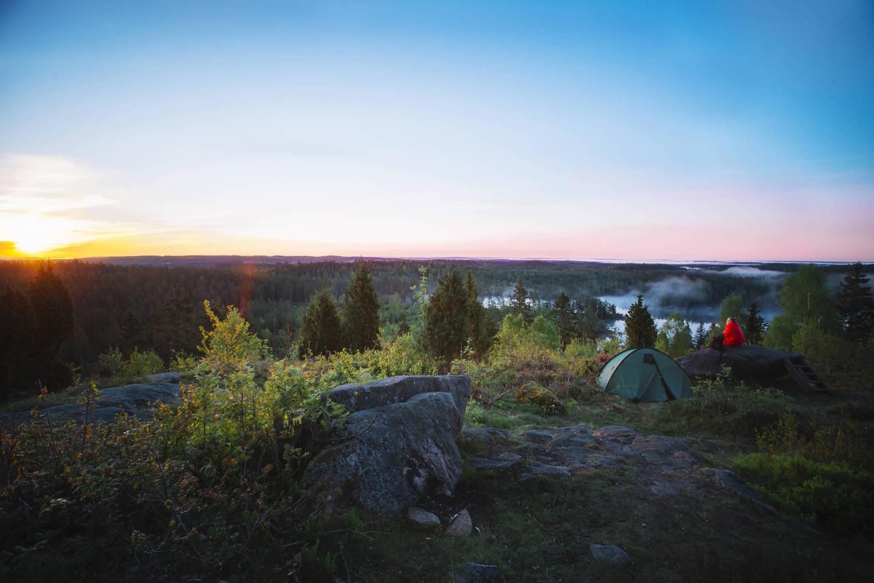 Vacker utsikt och soluppgång vid Hultaklint/Singoallas grotta