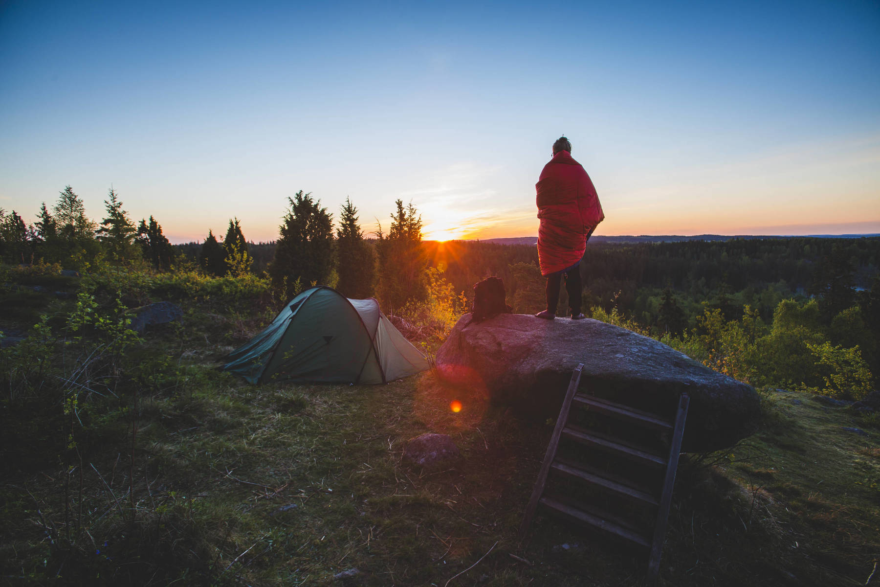 Soluppgång och camping i Småland