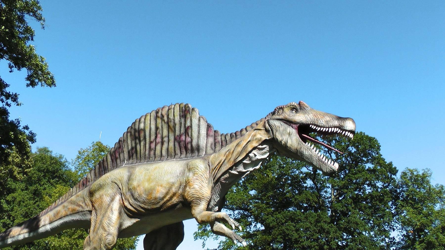 Dinosaurie i naturlig storlek