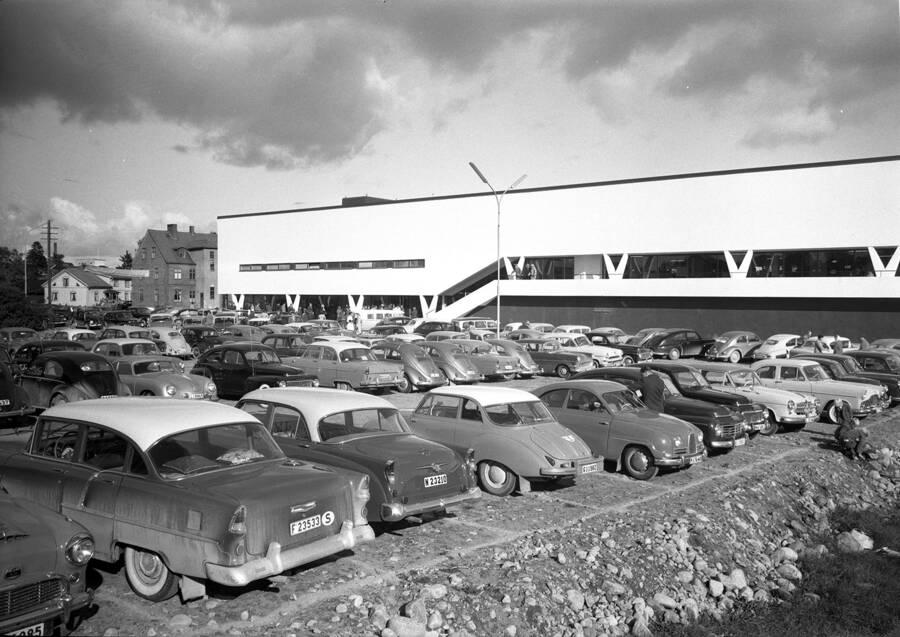 Invigning av första IKEA-varuhuset 1958